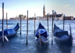 7341-1_Venedig_Gondeln_Color.jpg